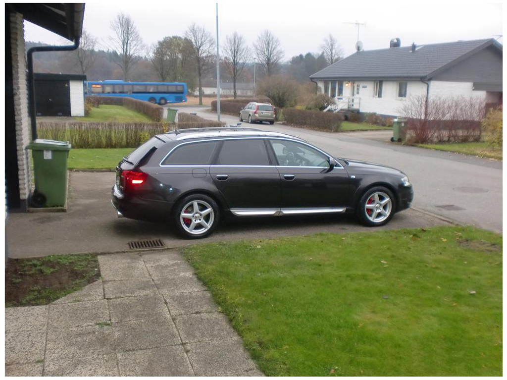 575886436AUDIA6C6ALLROAD.jpg