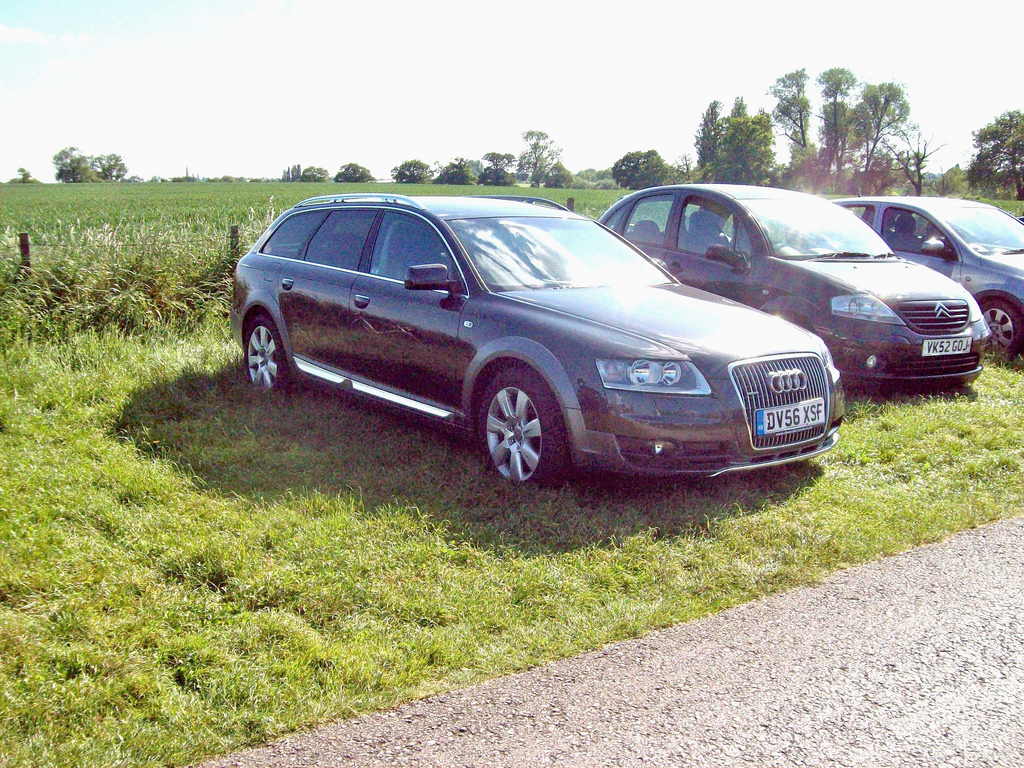 720252376AUDIA6C6ALLROAD.jpg