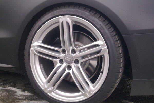 Audi-S5-mattschwarz-topcarblog-2-600x400.jpg
