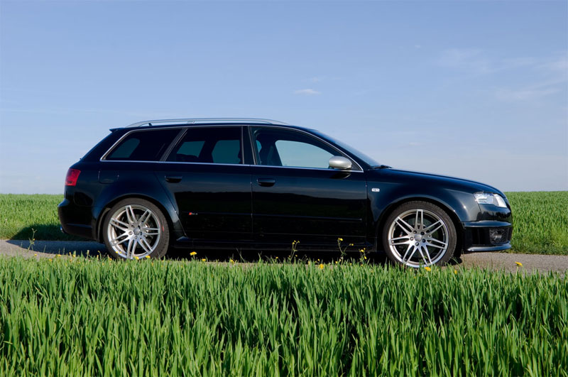 RS4_002_small.jpg