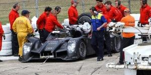crash-audi-r15-tdi-plus-sebring-2010.jpg