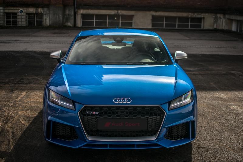 Audi-TT-Rs-17.jpg.c320f7339b11d80f9c839c63ed2b68c7.jpg
