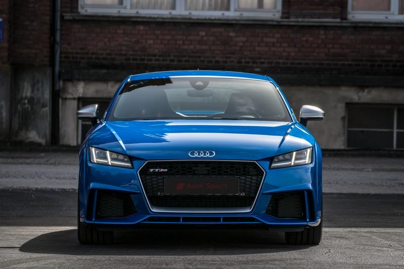 Audi-TT-Rs-29.jpg.6dc812b4cb8fc1fca30c768037feda68.jpg