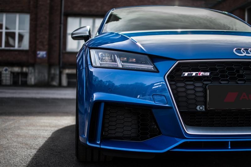 Audi-TT-Rs-4.jpg.2e79f3adf91e47259e6c297384f23ff7.jpg