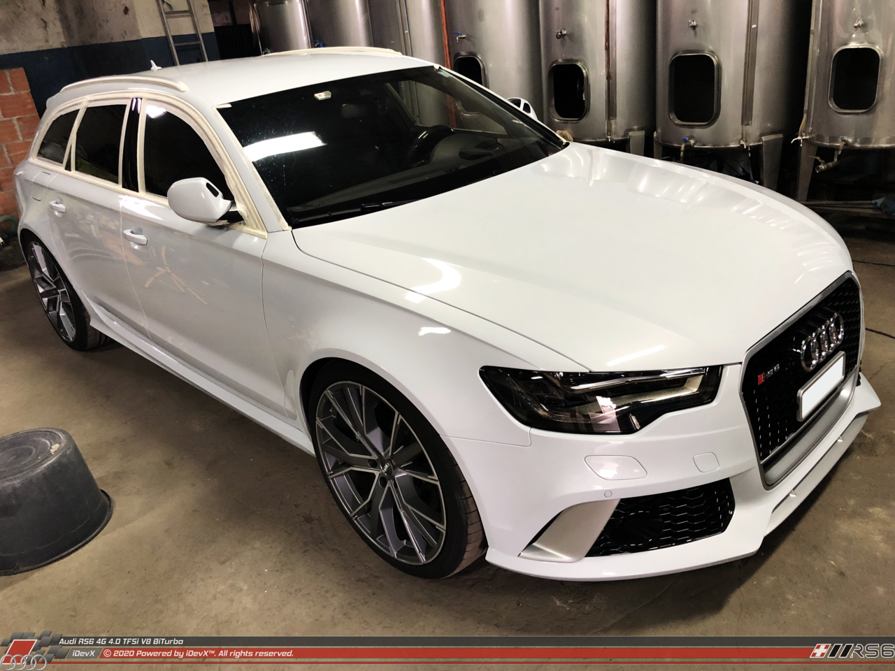 05_08.2019_Audi-RS6_iDevX_011.png