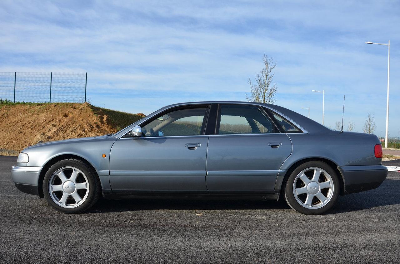 Audi S8 002.JPG