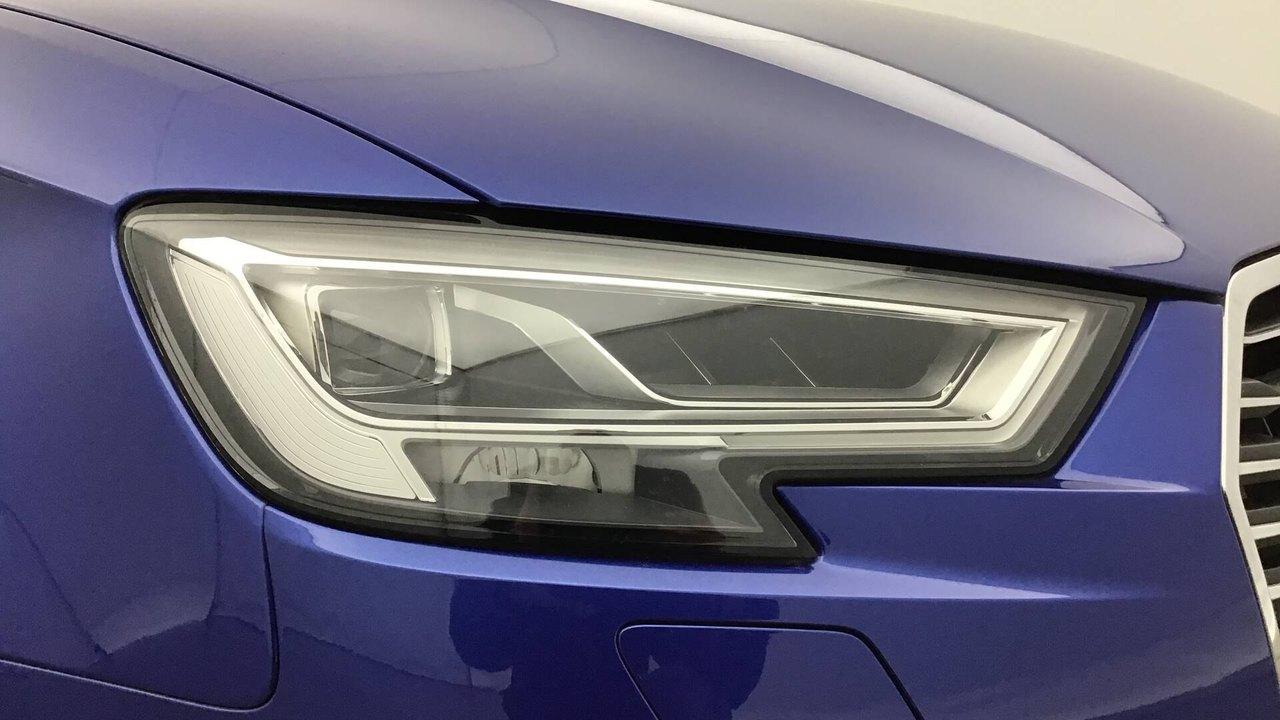 audi-a3 sportback-a3 sportback design tfsi e-tron 204 s tronic.2b811519b323e08273286f91cb0d50b4.jpg