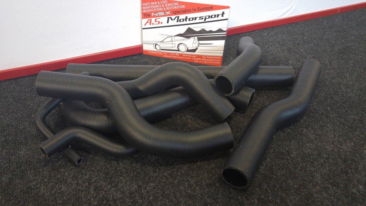 454-silicone-coolant-hoses-2.thumb.jpg.325e4a90ebad7e9df6af825d7dc0e34d.jpg